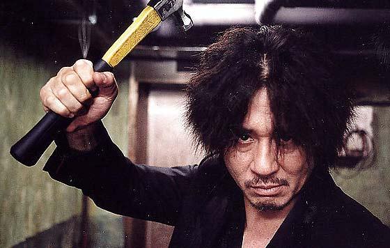 oldboy-dae-su-oh-with-hammer.jpg