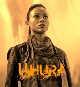 Star-Trek-into-darkness-zoe-saldana-as-uhura-33015492-637-692